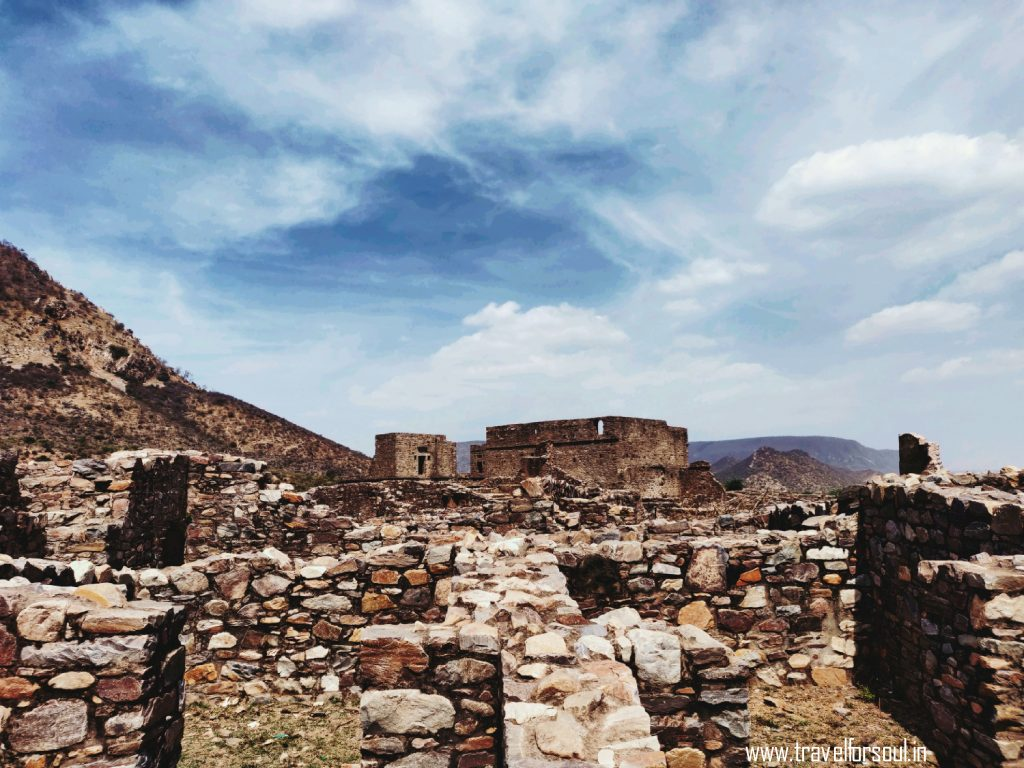 Bhangarh, Bhangarh Township, Bhangarh Fort